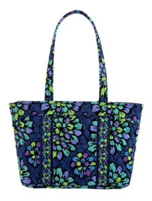 Vera Bradley Mandy in Indigo Pop