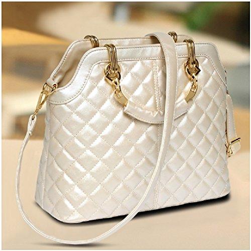 Josi Minea® Beautiful & Elegant Quilted Leather Handbag / Top Handle Bag