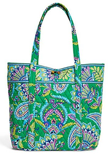 Vera Bradley Vera Signature Bag in Emerald Paisley