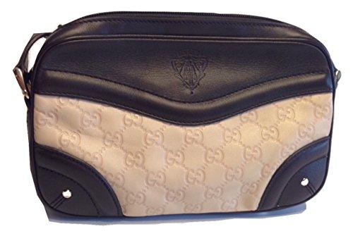 4c9949197218d0 Gucci   Accessorising - Brand Name / Designer Handbags For Carry ...