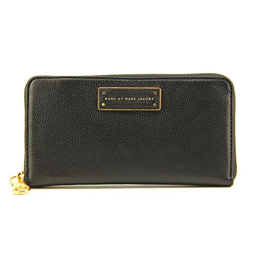 Marc By Marc Jacobs Too Hot to Handle Large Zip Around Women Wallet