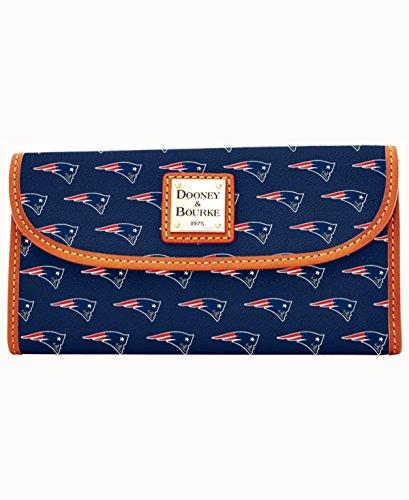 Dooney & Bourke New England Patriots Clutch