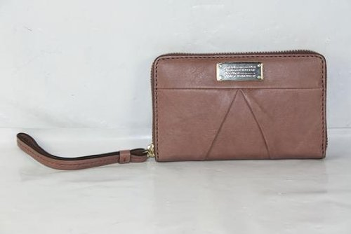 Marc Jacobs Mildred Wristlet in Woodland